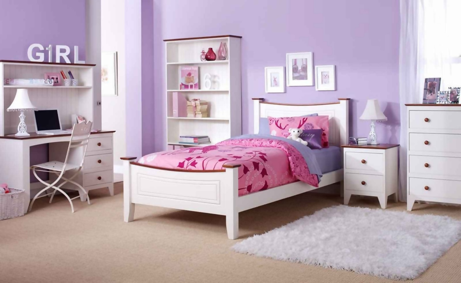 Comfortable Furniture For A Teen Scout Bedroom