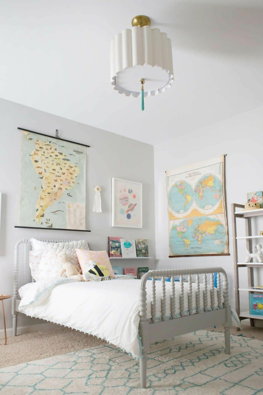 Travel-Inspired Girl Scout Bedroom